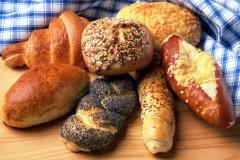 bakery-bread-bread-rolls-2434-825x550 breakfast