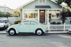 beetle-car-classic-2818-829x550 house picket fence